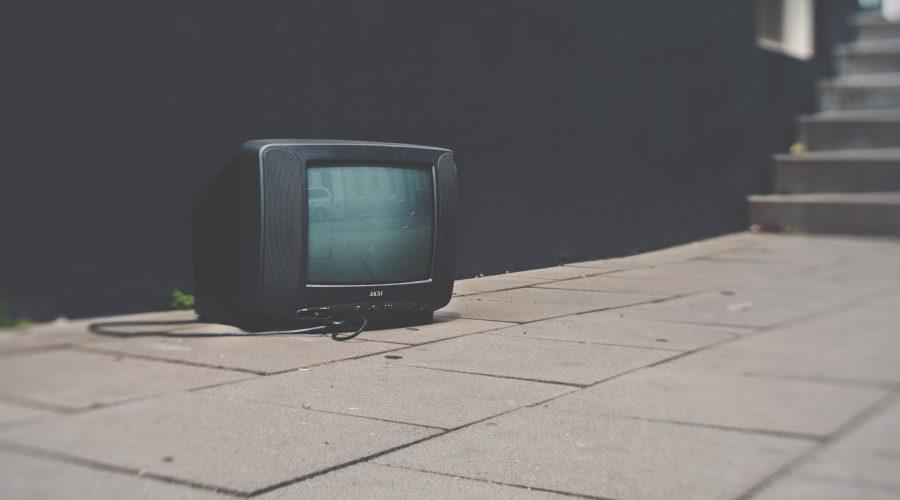 コインチェック公式サイトからCM起用タレント・出川哲朗画像と動画が削除。仮想通貨取引所最新ニュース