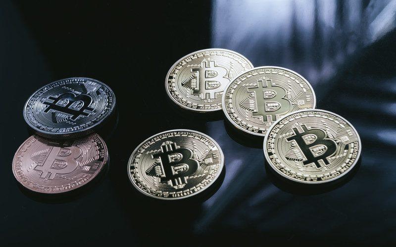 浅川財務官、仮想通貨緊張感を持って注視発言。3月アルゼンチン開催のG20財務相・中央銀行総裁会議において「議題となる可能性が高い」仮想通貨業界動向最新ニュース