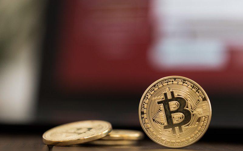 ビットコインのホントの価値は2000円程度?経済学者語るビットコイン。暗号通貨最新ニュース速報